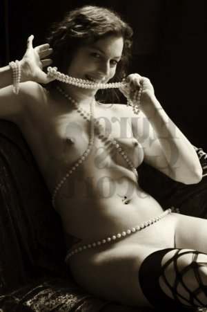 Dorothy erotic massage in Oak Ridge TN